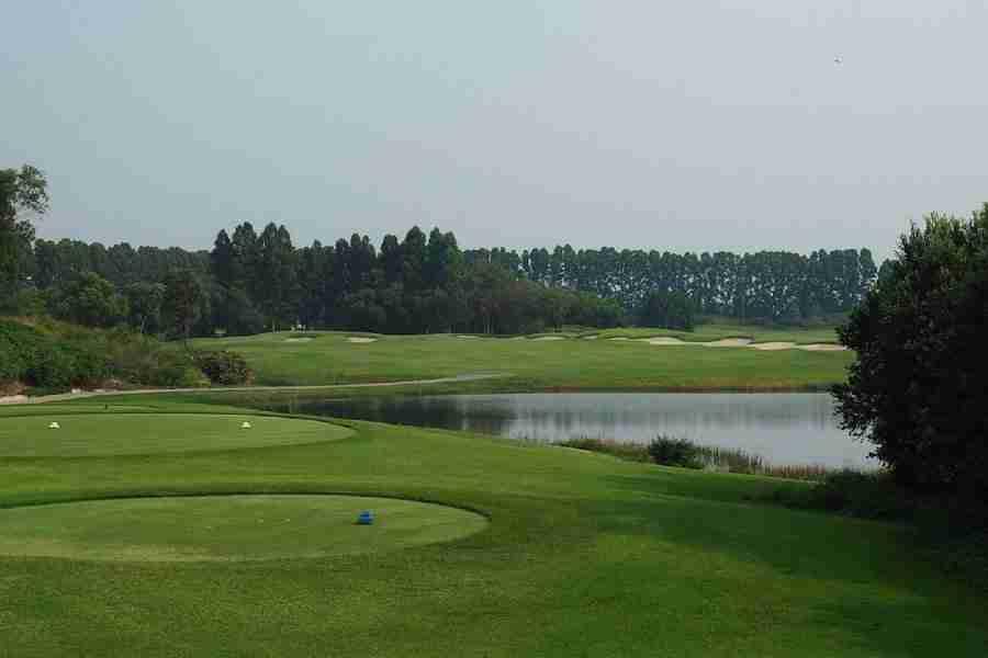 Ayodhya Links golf course in Ayutthaya Thailand