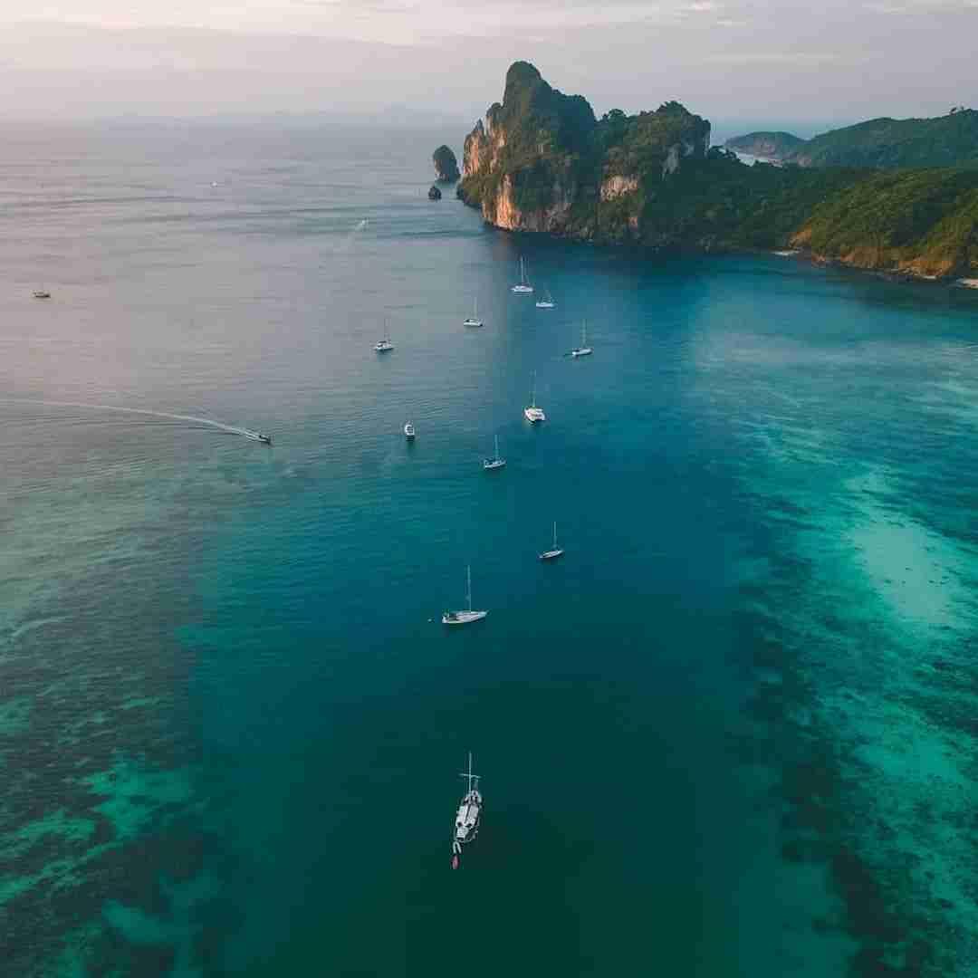 boat tour in Phuket Thailand