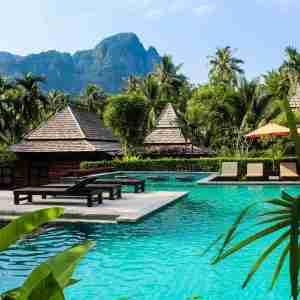 luxury travel thailand square
